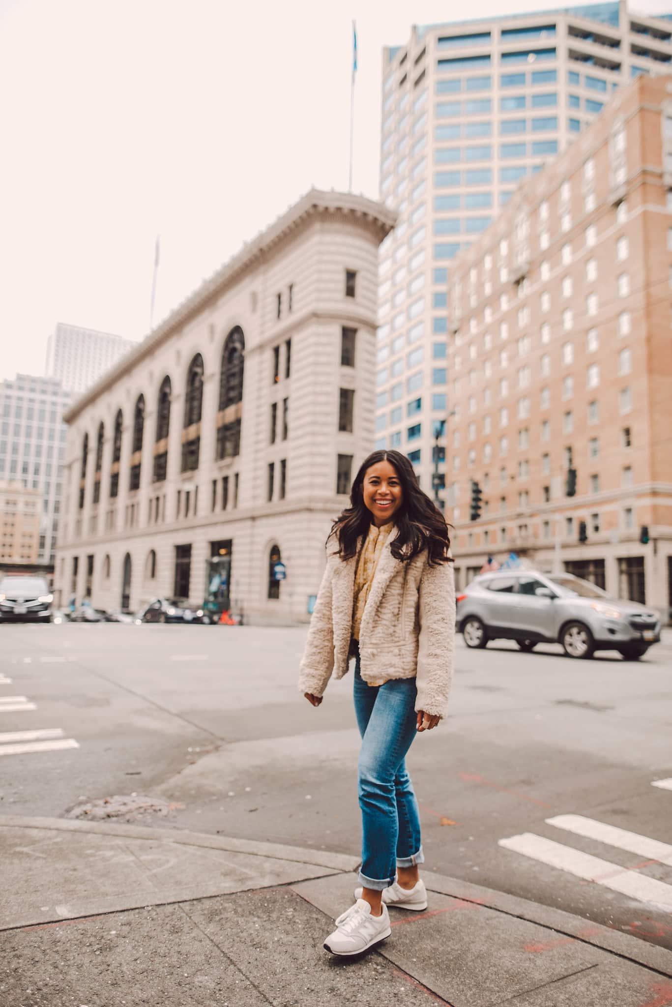 A műszőrme moto kabát - Téli ruházati ötletek nőknek - téli stílus - téli ruházati ötletek -meleg női télikabátok