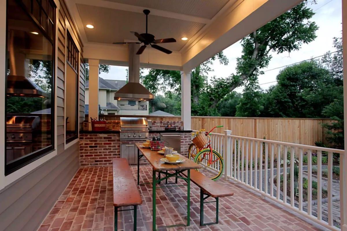 Álom luxuskivitelben - Tégla veranda konyha szabadtéri terasz
