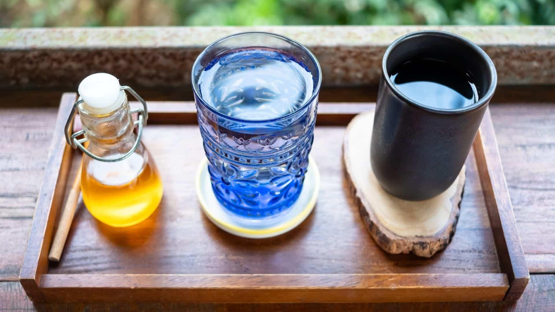 Lehet, hogy csökken a kávé ismerete. Az íz-rajongótól kezdve a legújabb és legjobb barista felszerelés birtoklása gondoltál már valaha egy újabb kiegészítésre az ideális csésze kávé elkészítéséhez? Így van, az ön által használt kávé víz beszélünk, és kiderül, hogy csapot választunk, desztillált vagy szűrt-e, ez pokolian nagy változást hozhat a főzésében.