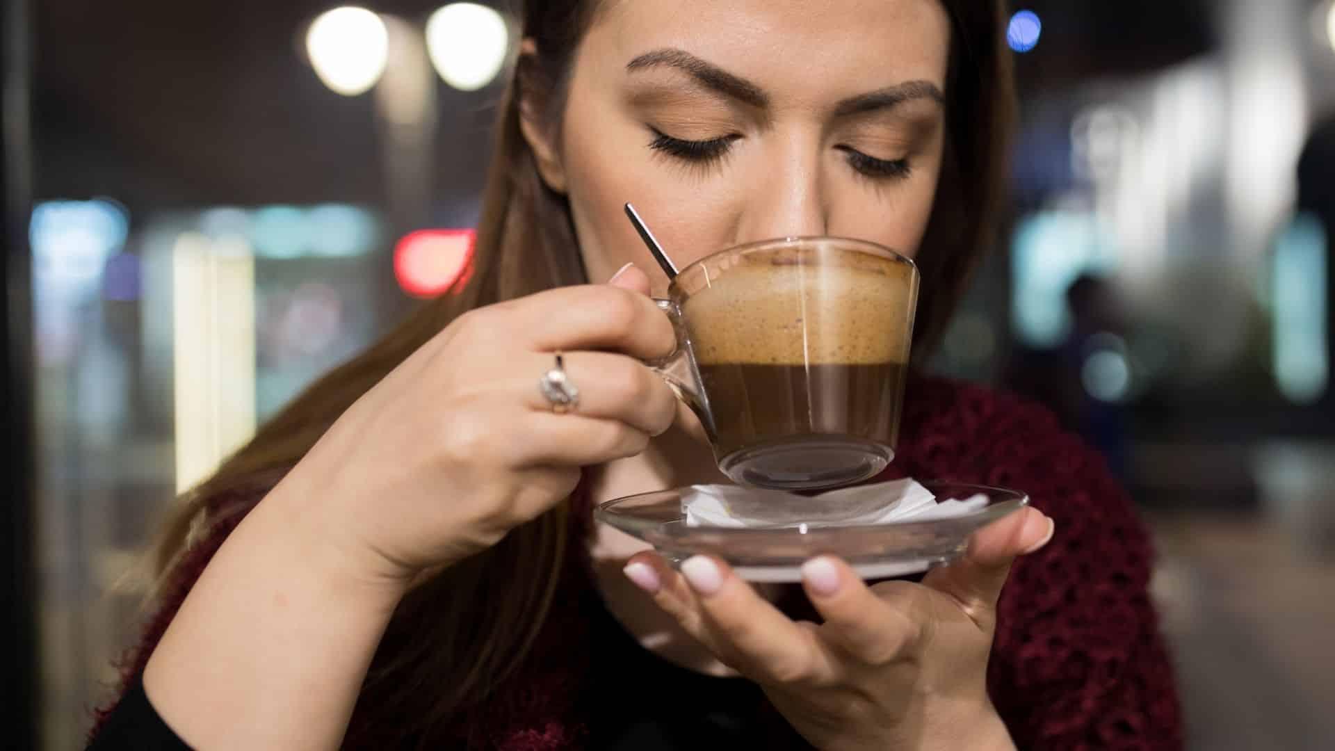 A londoni székhelyű Kimbo kávé kiválasztotta a legfinomabb olasz kávé keverékek, amelyek megfelelnek az Egyesült Királyság piacának.