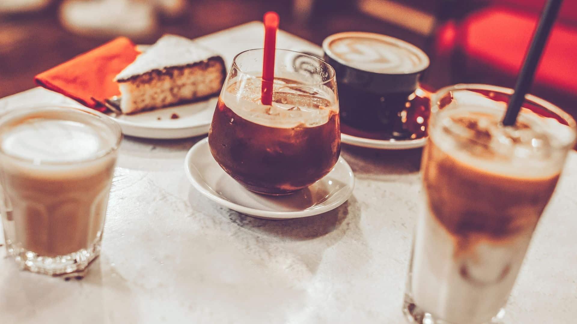 A különleges kávé következetesen létezhet azoknak az embereknek az elkötelezettségén keresztül, akik életük munkájával tették, hogy a különleges kávéfajták minőséget mindig a legfontosabbnak tartsák.