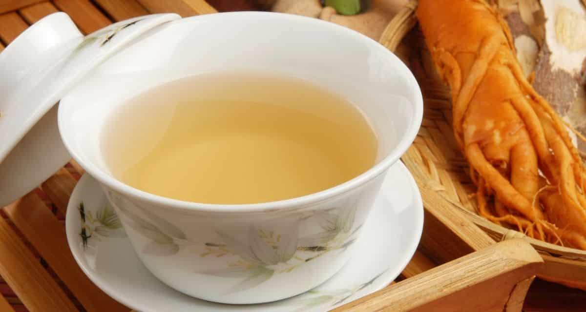 Ha többet szeretne megtudni a koreai konyháról, érdemes megismerkednie a Koreában népszerű teákkal, beleértve a ginseng tea is, amelyeket megtanulhat elkészíteni ezzel a recepttel. Miért szeretik a koreaiak a ginzenget? Egyrészt a koreaiakat érdekli az étel és a gyógyszer közötti szoros kapcsolat, a ginzeng pedig egy helyreállító tea, amely lendületet ad az ember egészségének és vitalitásának.