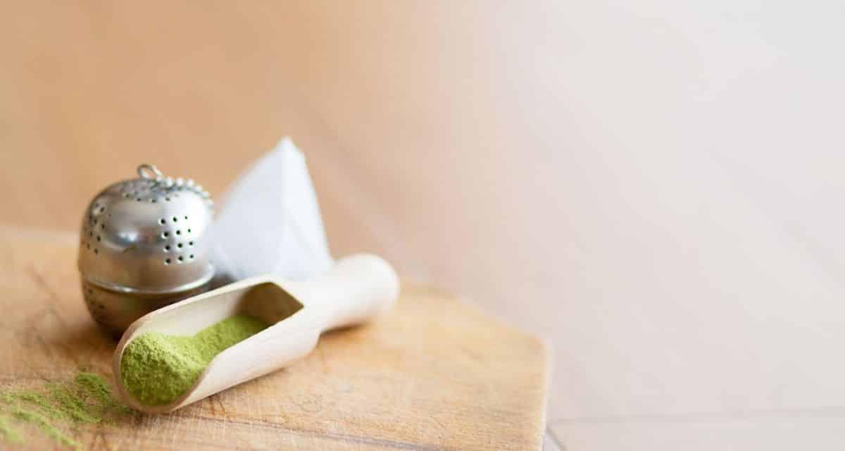 A nyirokfolyadék a toxinokat a sejtjeinkből és szöveteinkből az elimináló szerveinkbe juttatja. A nyirokrendszer évi egyszeri vagy kétszeri tisztítása hozzájárul a jó egészséghez, a tiszta bőrhöz, a testsúly-szabályozáshoz és az erős immunrendszerhez. Nyiroktisztító tea? Nyiroktisztító ételek?
